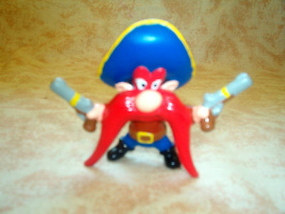 wb Yosemite Sam PVC with two Pistols Warner Brothers Looney Tunes figure .