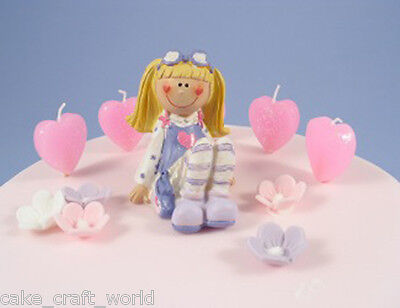 Pack Of 10 Pink Heart Candles