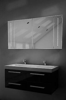 LED Bathroom Mirrored Cabinet with Sensor, Shaver and Shelves - c125