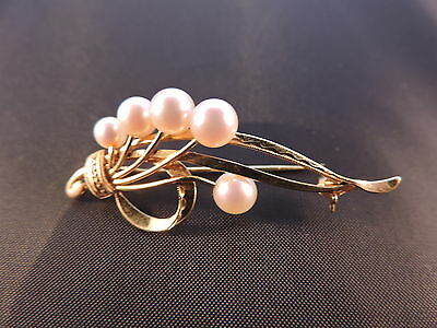 Mikimoto Pearls Brooche 14ct gold signed M $1,500 Appraisal