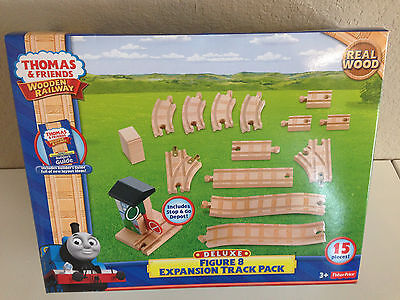Thomas & Friends Wooden Deluxe Figure 8 Expansion Track Pack-NIB -FREE SHIP