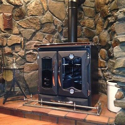 "La Nordica ""Mamy Black"" Wood Burning Cook Stove, 27K BTUs"