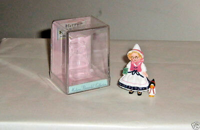 Mother Goose - 1997, Miniature Figure, Madame Alexander, Hallmark with case