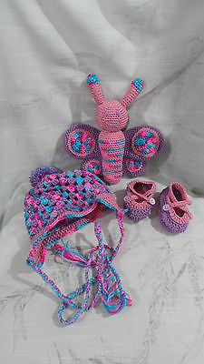 Butterfly, Beanie & Booties Newborn to 3 months