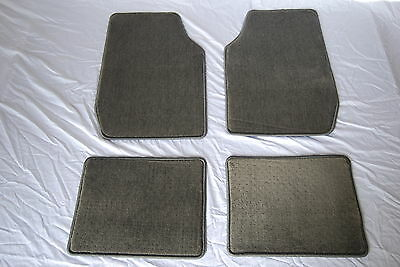 Quality Plush Pile Universal Fit Grey 4 Piece Front And Rear Car Floor Mat Set