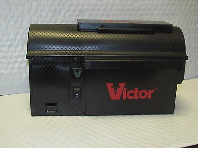 Victor® Multi Kill Electronic Mouse Trap NEW