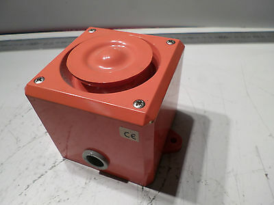 RS COMPONENTS - 208-0272 SOUNDER SIREN ALARM - 24DC - 100db - TESTED 90mm x 90mm