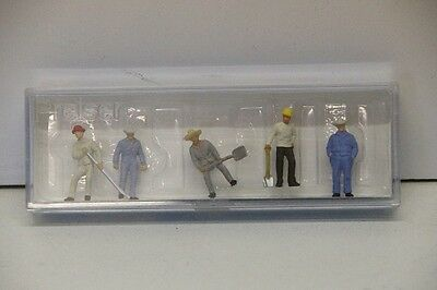 Preiser Ho/oo Scale Track Workers With Tools Ref No 14017