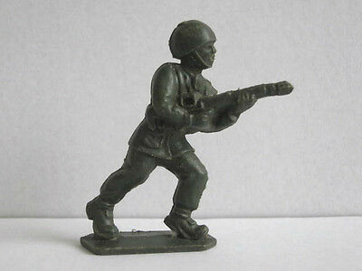 1 x LONE STAR BRITISH SOLDIER 1960's PLASTIC TOY SOLDIER  .... HARVEY SERIES