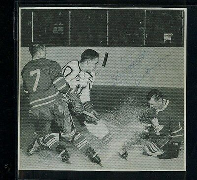 Carl Brewer/dickie Moore/bob Haggert Signed/autographed Toronto Maple Leafs Cut