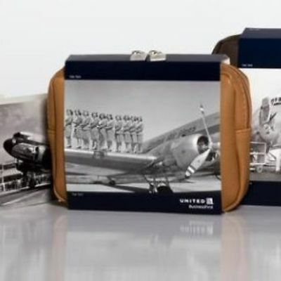 NEW United Airlines Business Class Cowshed 2016 Amenity Kit Vintage postcard