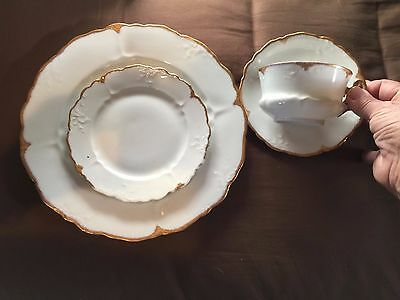 Oscar & Edgar Gutherz Royal Austria 4 pc PLACE SETTING,AUS89A,embossed w/gold