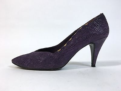 65a56fc88432f STUART WEITZMAN VINTAGE Pointy Toe Pumps Embroidered Dress Shoes ...
