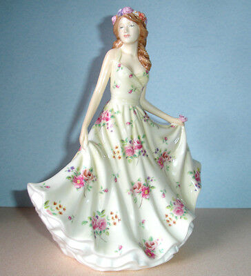 Royal Doulton MELISSA Pretty Ladies Traditional Figurine HN 5666 New