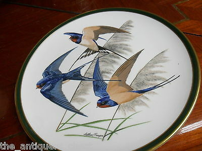 """""""SONGBIRDS OF THE WORLD"""" FRANKLIN PORCELAIN by Wedgwood plate """"BARN SWALLOW""""[*14"""
