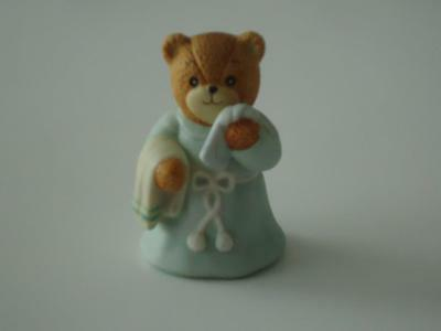 LUCY & ME Bear wearing bathrobe with towel & washcloth  ~ Enesco Lucy Rigg 1986