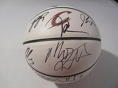 2015-16 CLEVELAND Cavaliers Champs Team Signed Autographed Basketball SGC COA MO