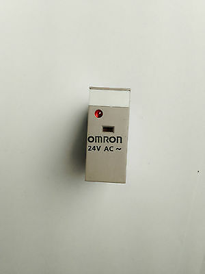 Omron SPDT PCB Mount Non-Latching Relay Plug In, 10 A, 24V ac - G2R-1-SN 24AC
