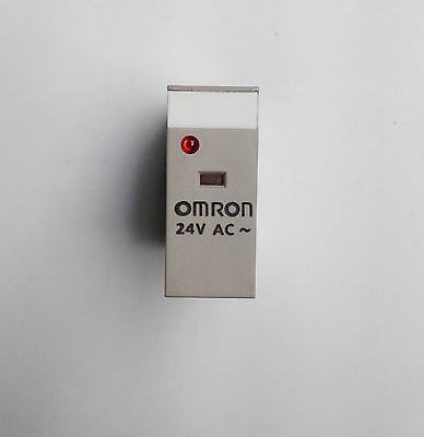 Omron DPDT PCB Mount Non-Latching Relay Plug In, 5 A, 24V ac - G2R-2-SN 24AC