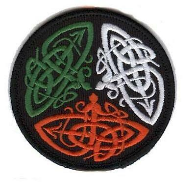 Irish Celtic Knot - Round Embroidered Patch Badge - Iron-on or Sew - Tricolor