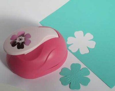 XL - Embossing Punch - Blume 4 - 6 cm groß