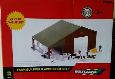 Britains 43139A1 1:32 Scale Authentic Replica Plastic Farm Building Set - New
