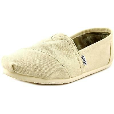 Toms Classics Men  Round Toe Canvas Tan Loafer