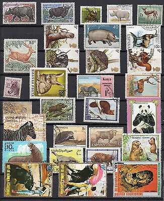 ANIMALS Thematic STAMP COLLECTION Majority Used REF:TH643