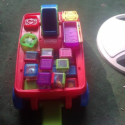 Fisher Price, Peek-Blocks, Wagon With Sounds