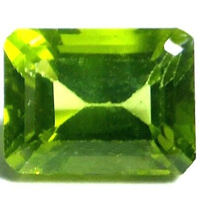 NATURAL TOP GREEN PERIDOT LOOSE GEMSTONE (8 x 6.1 mm) EMERALD CUT