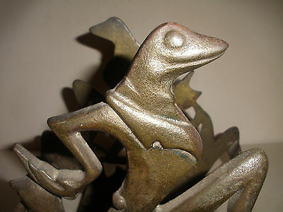ORIGINAL ANTIQUE 1930s ART DECO CAST IRON  DANCING FROG FISH TANK STAND HOLDER