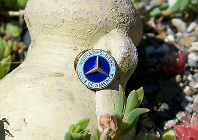 Schöner Alter Emaille Club Pin / Button # Mercedes Benz Club Of America Usa