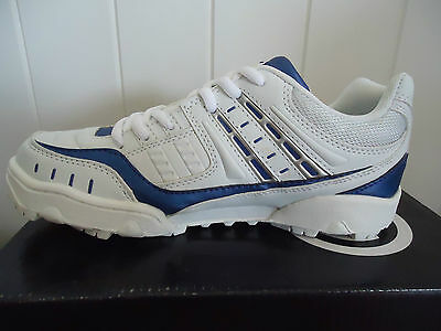 Cricket Shoes Size Us 5 Uk 4 County Cricket Demon Rubber Brand New
