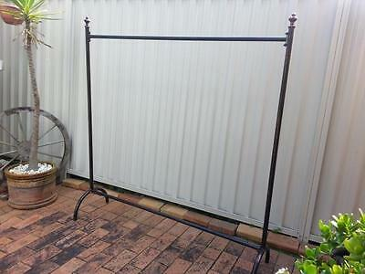 Iron Clothes Rack Coat Rail Display Free Standing Home Fashion Shop DRS011 CPR