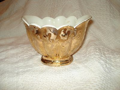 "VTG 22 KT Weeping Gold  Covered Ceramic Bowl / Candy Dish /Floral 4""x 6""x 4.5"