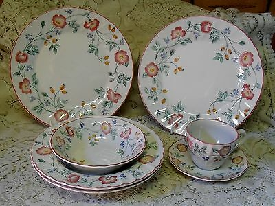 Churchill Briar Rose Dinner Plates Bowls Cup Saucer Made In England