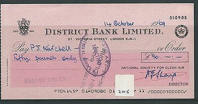 wbc. - CHEQUE - CH205 - USED -1970 - DISTRICT BANK, VICTORIA ST. LONDON SW1