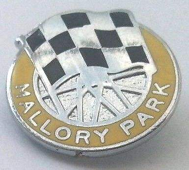 MALLORY PARK  BADGE 18mm