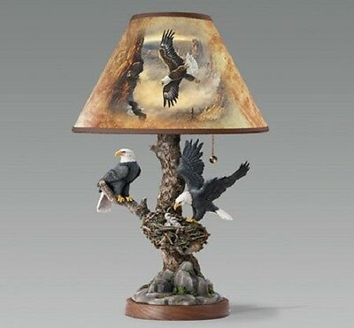 Tree Top Majesty Eagle Table Lamp  -  Nature Bradford Exchange