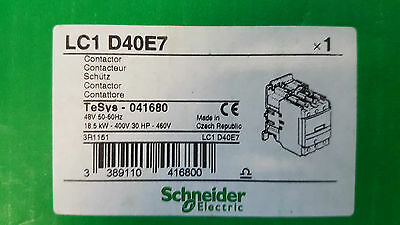 Schneider TeSys LC1 D40E7 3 Pole Contactor, 40 A, 18.5 kW, 48 V ac Coil