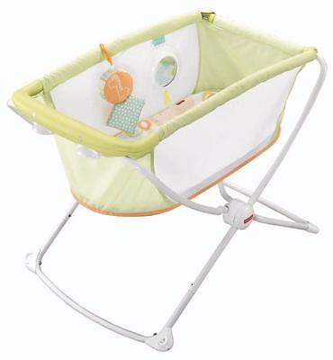 Fisher Price Rock 'N Play Portable Bassinet Baby Infant Rocker Green New