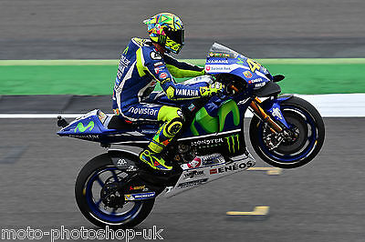 Valentino Rossi - Yamaha 2016 - A1/A2/A3/A4 Photo/Poster Print - Silverstone