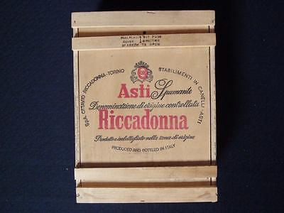 Riccadonna Asti Spumante Wooden Wine Box Italy