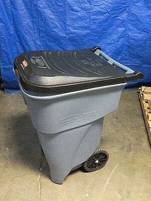 Rubbermaid Brute Rollout Trash Can Waste Container 65 Gal. Capacity #FG9W2100GRA