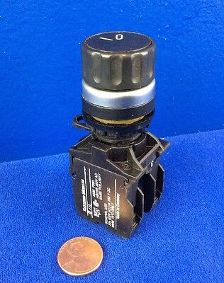 Klockner-Moeller 2-Position Selector Switch W/ (1) K10 N.o. Contact Block