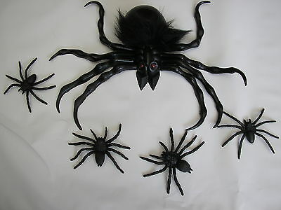 Halloween big black scary rubber spider + 4 babys