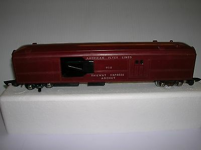 American Flyer # 918 REA Mail pickup Baggage Car lot # 9480