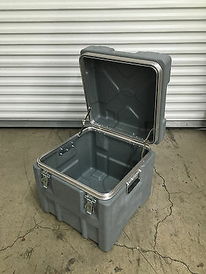 "SKB 18"" Deep Roto X Shipping Case without Foam Traveling Trunk"