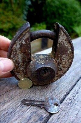 Antique / Vintage Padlock with one working key heavy unique design