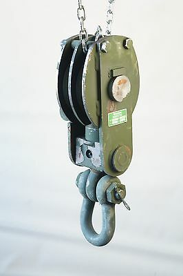 """Skookum 70 Ton 3/4"""" Wire Snatch Rigging Block Swivel Tackle with Shackle. NEW"""